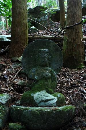 505 大室山 聖観音菩薩像